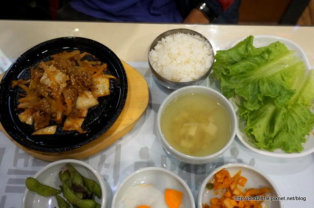 20109230665 708a92c19f o - 【台中北區】非常石鍋-平價韓式料理,近親親戲院,吃完還可以看個電影