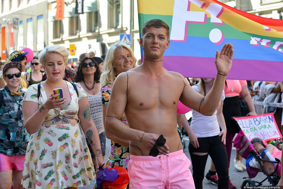 Stockholm_Gay_Pride_Parade-57