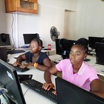 computer-training-empowering-girls-africa-04