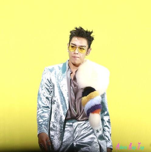 photo.weibo.com 006xammVjw1fbyioc0tkbj30zd0zkq92