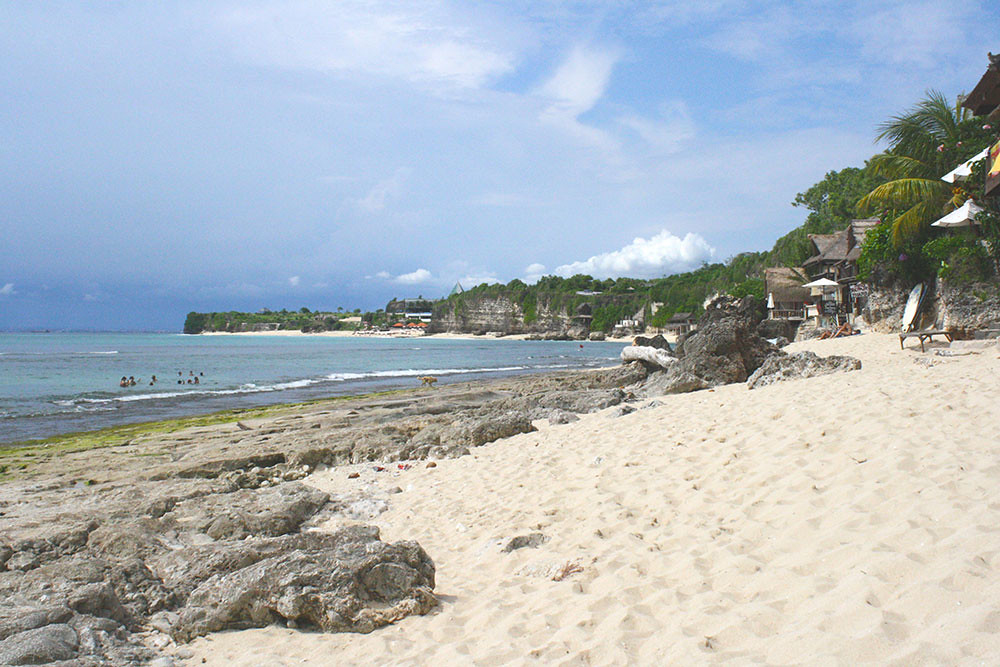 3-beach-micksplace-thelostguides-4