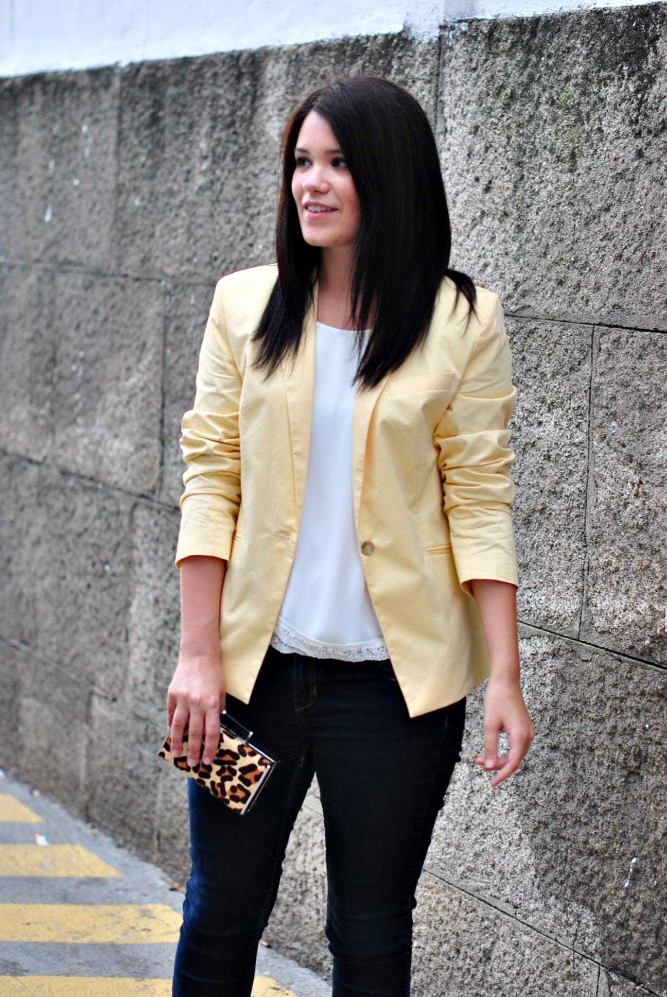 20150803-blazer-amarilla-03