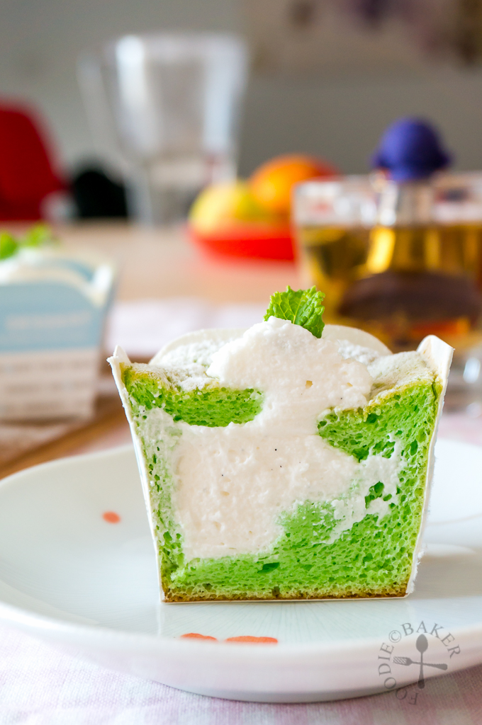 Pandan Hokkaido Chiffon Cupcakes