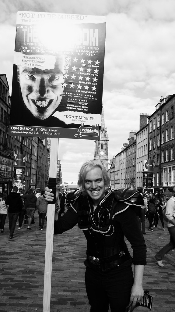Edinburgh Fringe on the Mile 2015 017