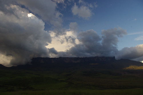 park sunset brazil sun color colour nature colors america sunrise trekking landscape amazing colours view earth plateau venezuela south centro guyana chain mount huge region moutain oldest formations roraima tepui geological plateaus pakaraima