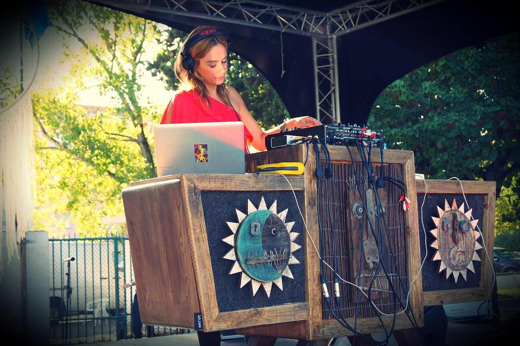 DJ Selecta Alice