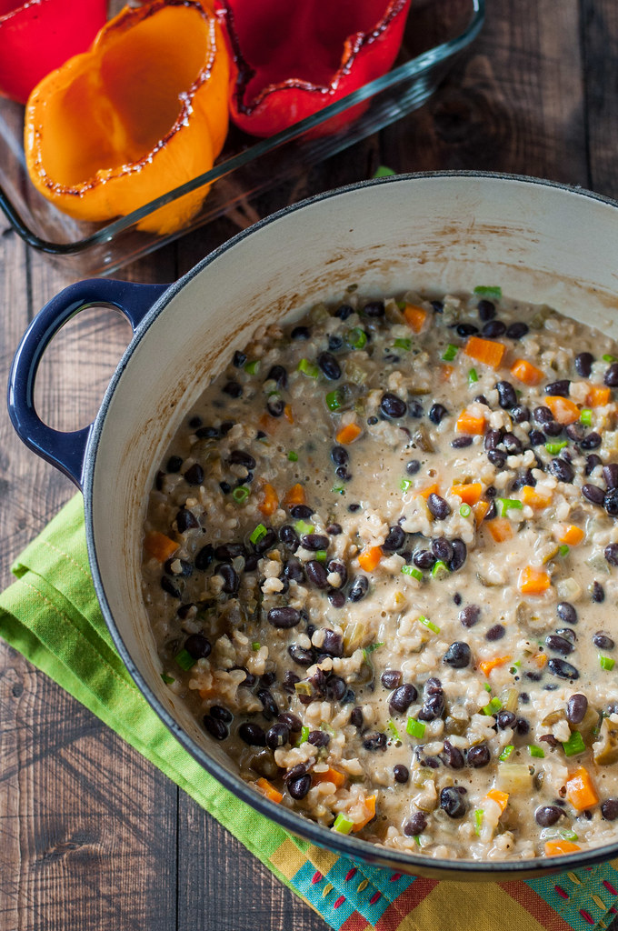 Gluten free oven-baked rice and bean risotto