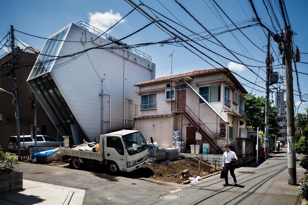 住宅密度大於高度,東京建築「怪宅」林立15