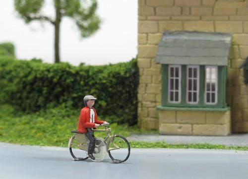 Cyclist diorama