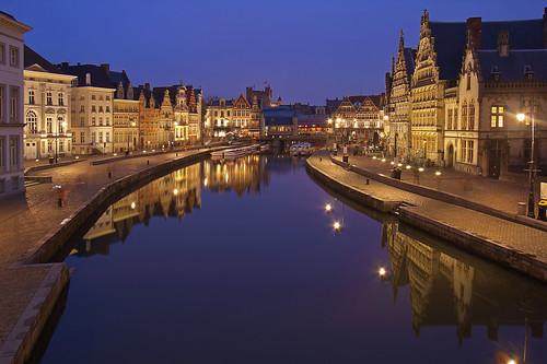 Riflessioni medievali / Medieval reflections (Explore!!!) (Ghent, East Flanders, Belgium)