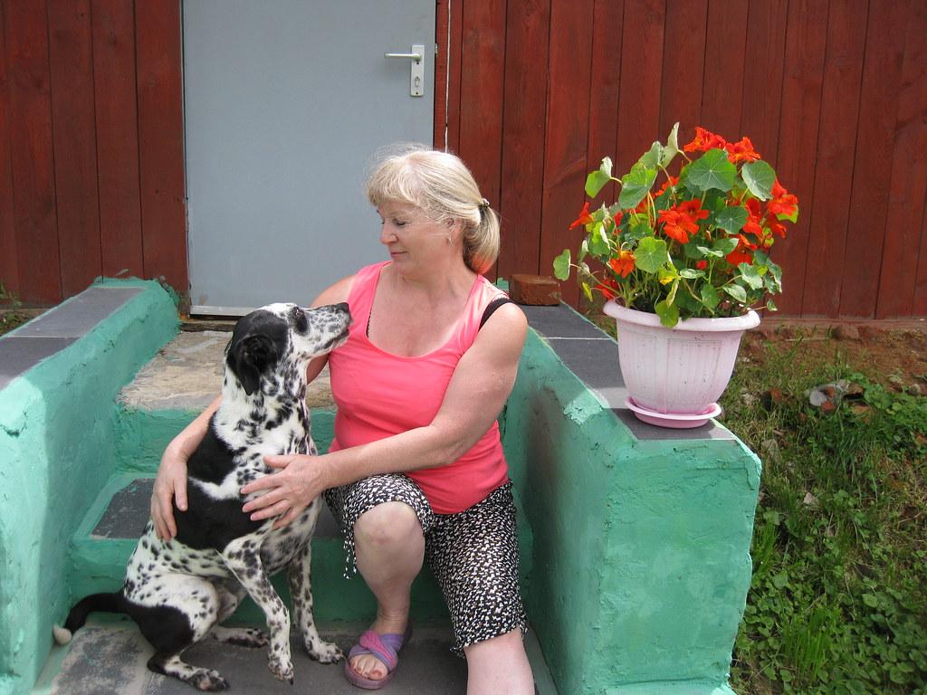 Отставнова (Копылова) Мария со своей собачкой