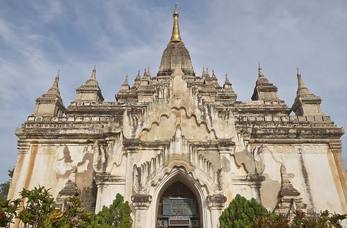 【写真】世界一周 : ゴドーパリン寺院