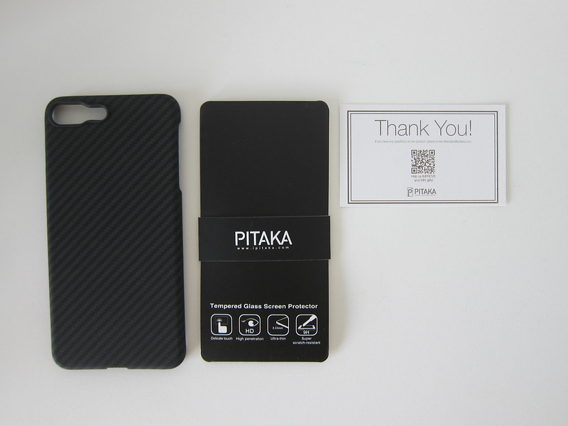 Pitaka's Aramid iPhone 7 Plus Case - Box Contents