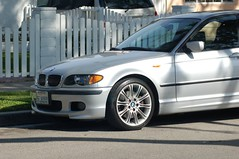 bmw 3 series (f30)(0.0), coupã©(0.0), convertible(0.0), sports car(0.0), automobile(1.0), automotive exterior(1.0), executive car(1.0), wheel(1.0), vehicle(1.0), automotive design(1.0), sports sedan(1.0), bmw 320(1.0), rim(1.0), bumper(1.0), land vehicle(1.0), luxury vehicle(1.0), vehicle registration plate(1.0),