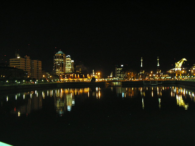 puerto madero by night 2