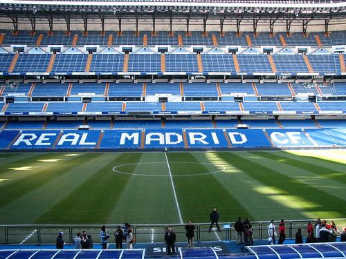 Sitzpl tze information fu ballreisen nach estadio for Puerta 38 santiago bernabeu
