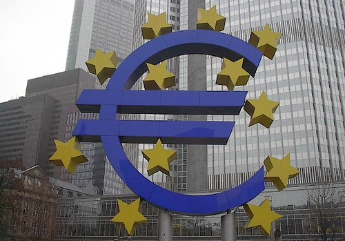 Euro Sculpture in Frankfurt (Photo: Jeff Barnes, flickr)