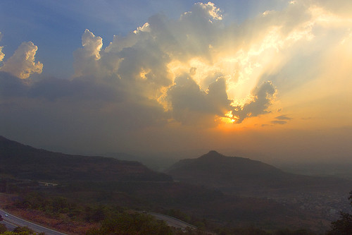 Sunbeams at Lonavla