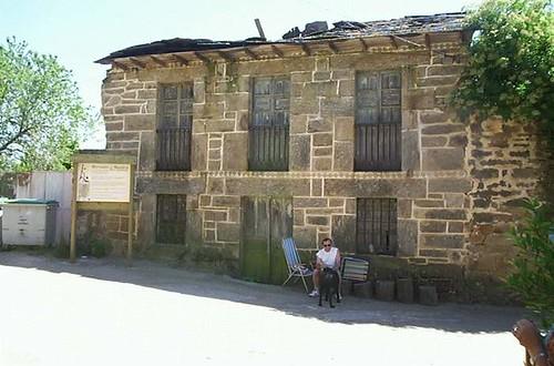 fachada de la casa del escritor en Cervantes