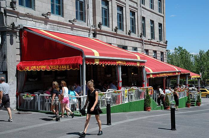 Restaurants Vieux Montreal Pour Voir Les Feux D Artifices