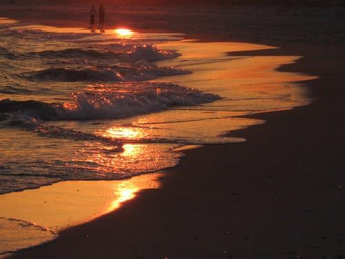 blue sunset people reflection beach gold newjersey january nj barnegat barnegatlight barnegatlightstatepark 0x5b3928