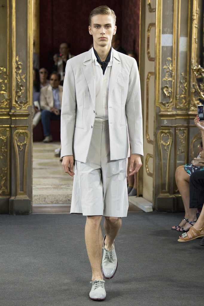 Marc Schulze3210_SS16 Milan Corneliani(VOGUE)