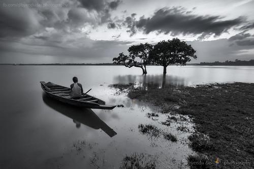 monochrome landscape lonely waterman chatla