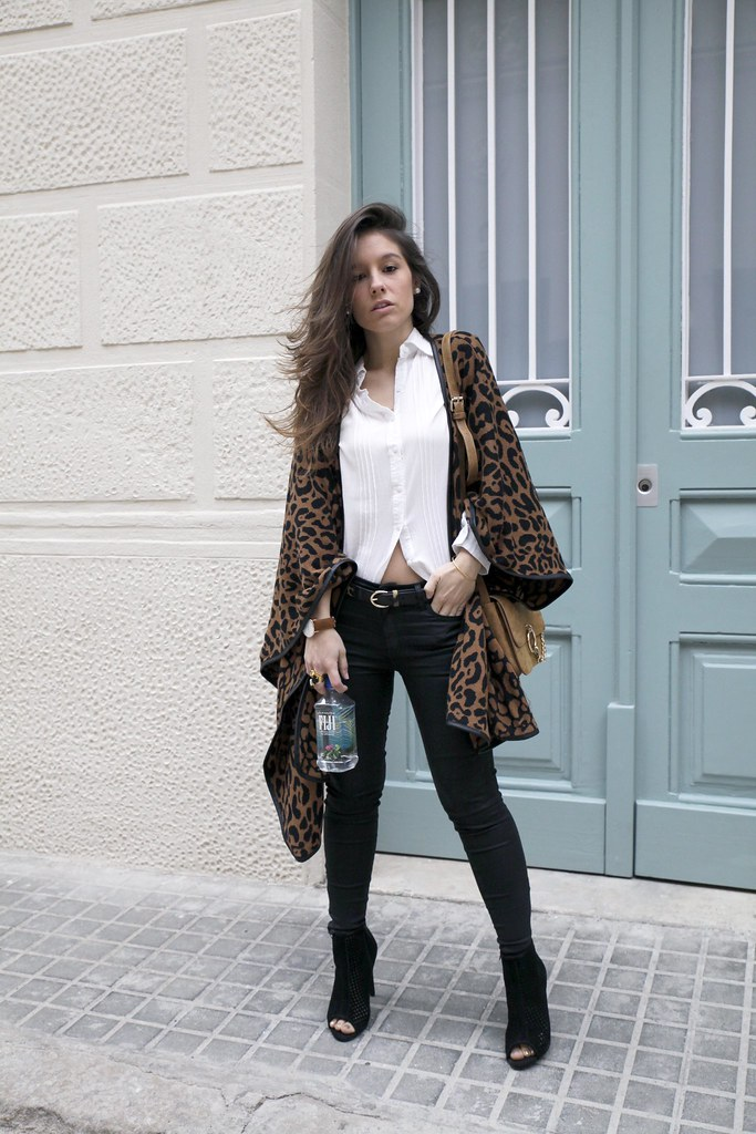 09_leopard_casual_look_with_ruga_theguestgirl_influencer_fashion_portugal_barcelona