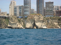 PHOTO1 Beirut, Lebanon-Raouche's Pigeons' Rock