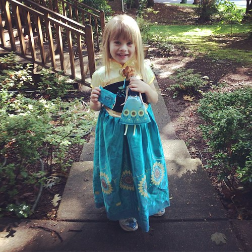 Show & Tell at daycare. Lucy opted to wear her Anna dress and bring her matching Anna doll, because what else would you expect? (...And a fruit snack for the car ride because carpool is long & boring.)