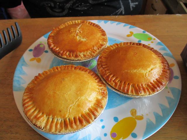 Aloha meat pies