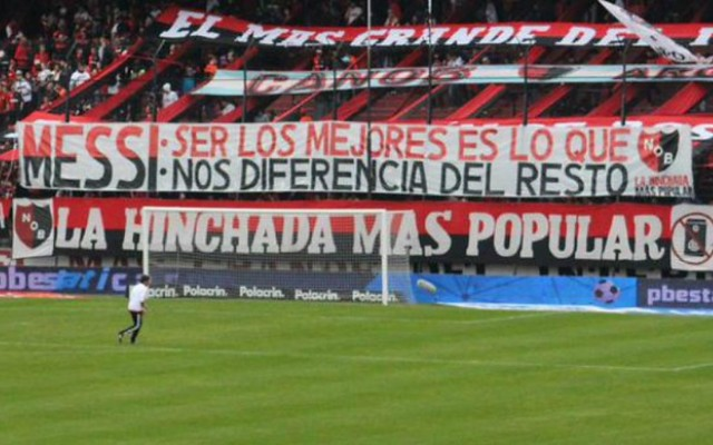 Torcida do Newell&#39s Old Boys homenageia Lionel Messi