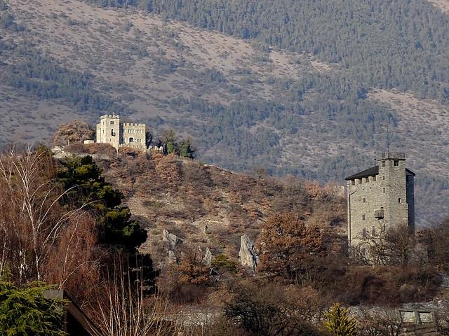 Photo:Sierre châteaux de Ravire et de Goubing By J-M Linder