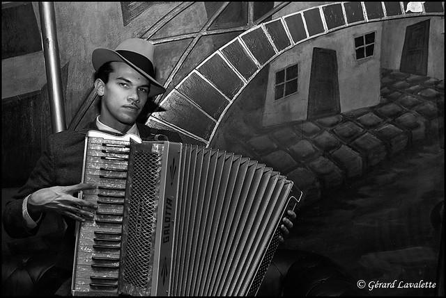 L'accordéoniste au Balajo.