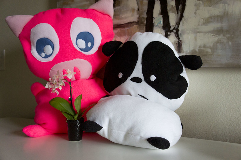 bumbling snugglies panda and pig