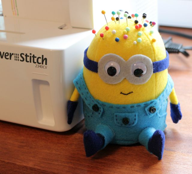 BANANAA!! Minion Pincushion Tutorial - The Modern Tomato