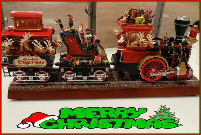 🎅Un treno carico di auguri per tutti voi!