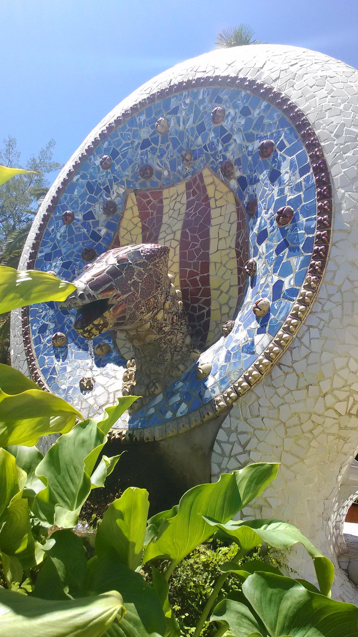 Park Güell - Fontana a forma di Testa di Serpente