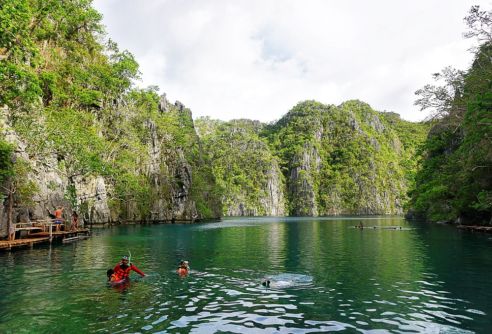 Travel Diary Kayangan Lake in Coron, Palawan, PH -thedailyposh (12)