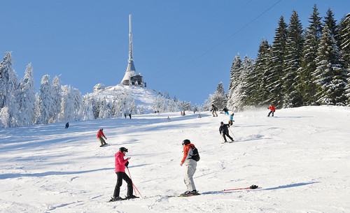 Přijeďte si zalyžovat kdykoliv v sezoně 2016/17 do Ski areálu JEŠTĚD s 40% slevou