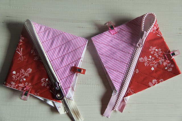 Half square triangle pouch