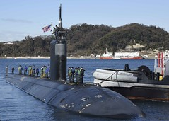 USS Topeka (SSN 754) arrives at Fleet Activities Yokosuka, Jan. 17. (U.S. Navy/MC2 Brian G. Reynolds)