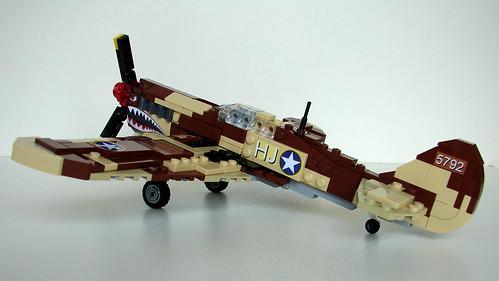 P-40 Warhawk (2)