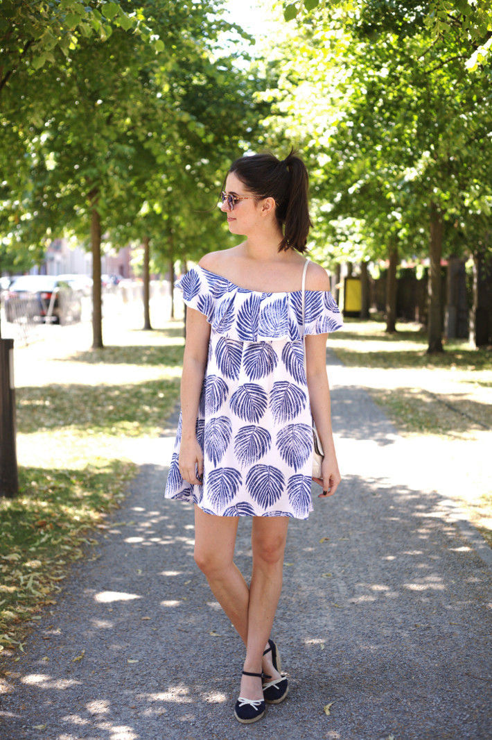 Outfit: off the shoulder dress with espadrille wedges