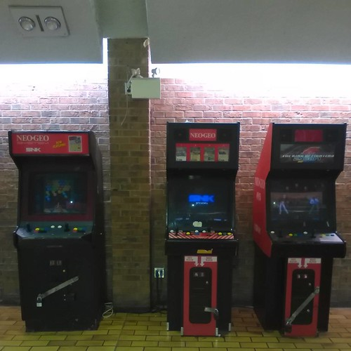 Video games at the Galleria #toronto #galleriamall #videogame #arcade #videogamemachine
