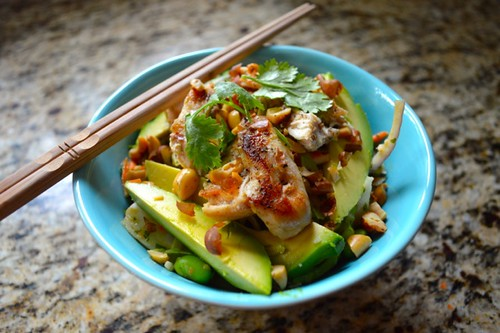 [Thailand Recipes] Salad with Chicken and Lime Peanut Dressing