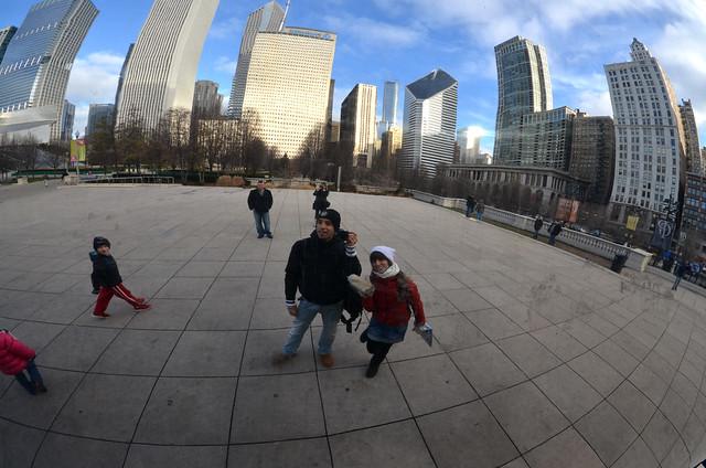 Posando con todos los rascacielos del Millenium Park detrás nuestra