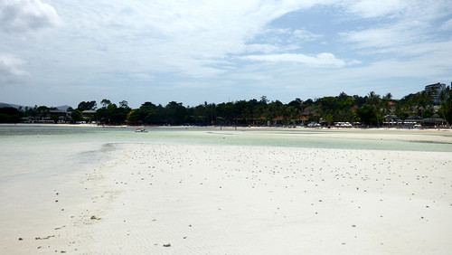 今日のサムイ島 7月4日 チャウエンビーチ北端の遠浅
