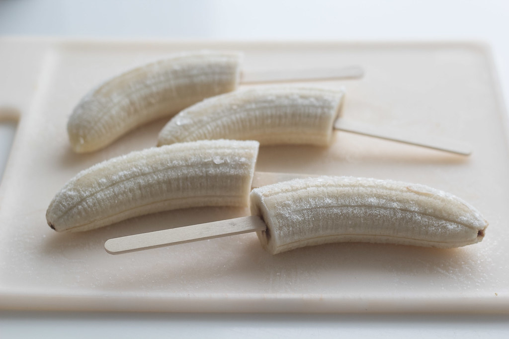 Bopskrift på hjemmelavede bananis med chokolade