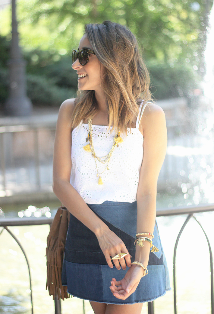 Denim Skirt White Top Outfit09